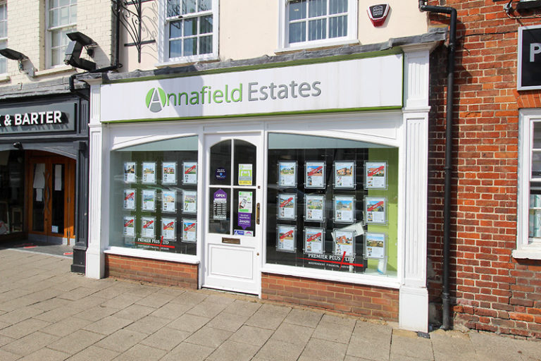Annafield ST NEOTS FRONT OFFICE 1